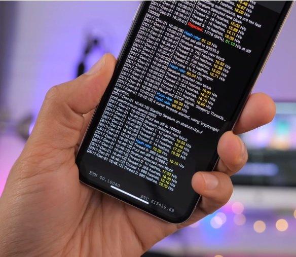 چرا استخراج بیتکوین از طریق گوشیهای هوشمند کاری بیهوده است؟