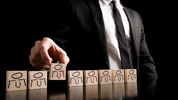 کارشناسان منابع انسانی در شبکههای اجتماعی شما به دنبال چه چیزهایی هستند؟