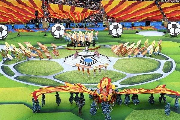 گالری عکس: گزارش تصویری از مراسم افتتاحیه جام جهانی 2018 همراه با بازی ایران