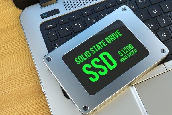 11 کاری که برای افزایش طول عمر حافظه SSD کامپیوترتان باید انجام دهید