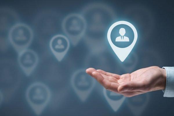 چگونه یک برنامه جذب مشتری موفق برای کسبوکار خود ایجاد کنیم؟
