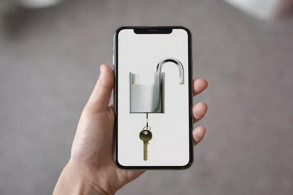 آیا گوشی آیفون شما قفل شده است یا خیر؟