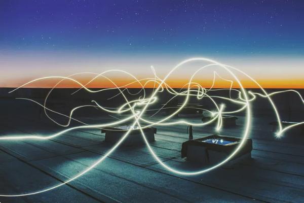 چه تفاوتی بین 4G و 5G وجود دارد؟