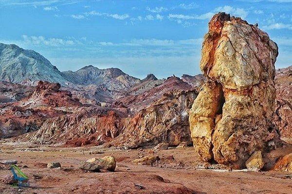 دره رنگارنگ یکی از شگفتی های ایران