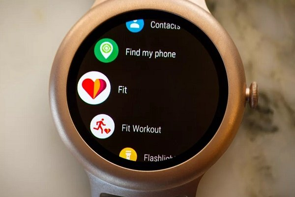 چگونه مخاطبان خود روی گوشی اندروید را با ساعت هوشمند سینک کنید