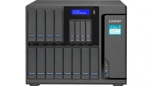 ذخیرهسازی با ۱۲ هارددیسک و چهار درایو SSD