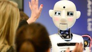 صحبت با روباتها حال آدم را بهتر میکند