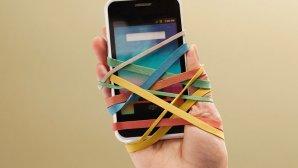 اگر به شبکههای اجتماعی اعتیاد دارید؛ این ده مطلب را بخوانید!