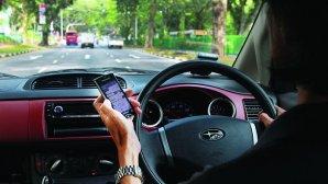 ارسال خودکار پیام در حین رانندگی برای تماس و پیامهای دریافتی