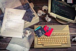 ده فناوری قدیمی که قصد خداحافظی ندارند