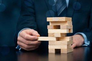 همه آنچه باید درباره مدیریت ریسک در پروژههای نرمافزاری بدانید