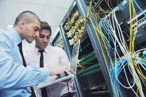 چگونه در مصاحبه استخدامی سرپرست سامانههای کامپیوتری و شبکه موفق شویم؟