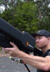 تماشا کنید: تفنگی فوقالعاده عجیب برای سرنگونی دِرونها