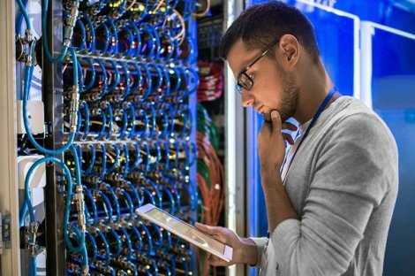 مهندس شبکه کیست و چگونه یک مهندس شبکه خبره شویم